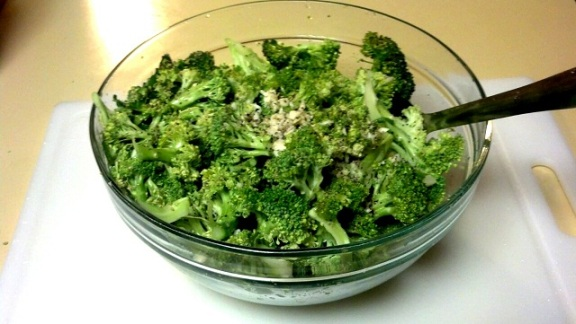 broccoli raw bowl